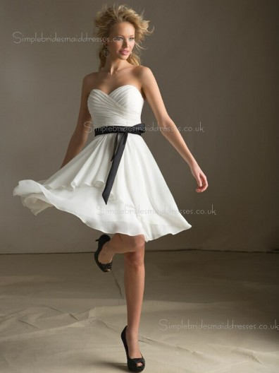 Dropped A-line Chiffon Bow/Ruffles Zipper Sweetheart Sleeveless White Short-length Bridesmaid Dress
