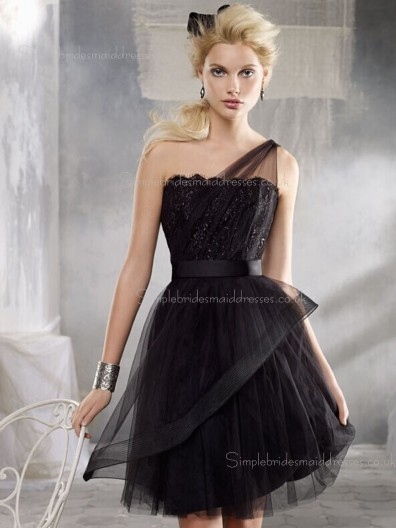 Knee-length Organza/Taffeta Natural Tiered Sleeveless Zipper Bateau A-line Black Bridesmaid Dress