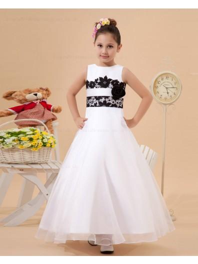 Beading/Hand Made Flower/Sash Zipper Floor length Ivory Satin/Tulle/Lace A line Sleeveless Scoop Flower Girl Dress