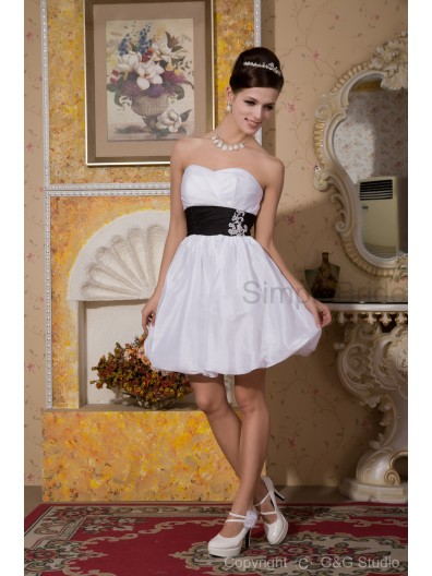 Zipper Short-length Taffeta/Satin Natural Sweetheart A-line Sleeveless Flowers/Ribbons White Bridesmaid Dress