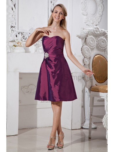 A-line Taffeta Grape Ruched/Beading Zipper Sleeveless Knee-length Sweetheart Natural Bridesmaid Dress