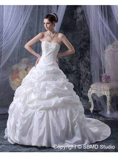 Natural Ruffles / Beading Court Taffeta Sleeveless A-Line / Ball Gown Bateau Lace Up Ivory Wedding Dress