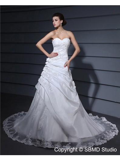 Natural Sleeveless Sweetheart Chapel Applique / Lace / Hand Made Flower Taffeta / Lace A-Line Zipper Ivory Wedding Dress