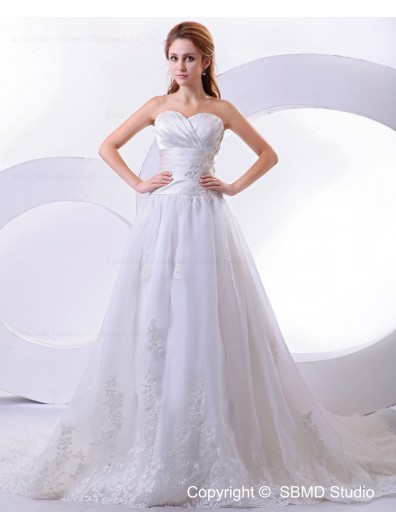 Appliques / Ruffles Zipper Ivory Empire A-Line Sweetheart Cathedral Satin / Organza Sleeveless Wedding Dress