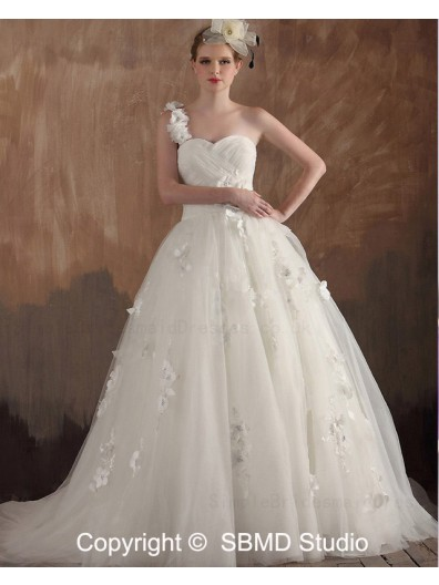 Ivory Ruffles / Applique / Beading / Hand Made Flowers Lace Up A-line Sleeveless Satin / Tulle One Shoulder Empire Sweep Wedding Dress