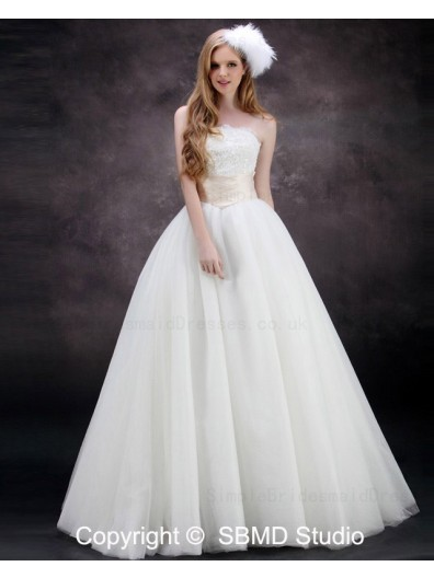 Lace Up Empire Applique / Beading Satin / Tulle Ivory A-line Floor-length Sleeveless Strapless / Bateau Wedding Dress