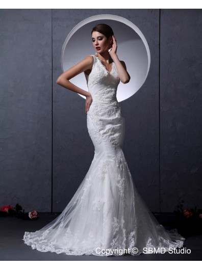 Satin / Lace Zipper Lace / Ruffles / Beading Sleeveless Court Ivory A-line Empire Straps Wedding Dress