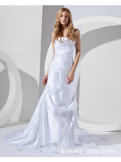 Applique / Ruffles Zipper Court Sleeveless Ivory Natural A-line Bateau Satin / Lace Wedding Dress