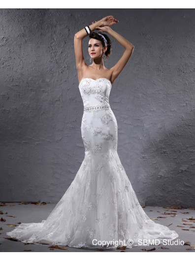 Natural Applique / Beading / Sash Sweetheart Sleeveless Satin Ivory Zipper A-line Court Wedding Dress