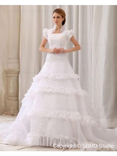 Sleeve A-Line / Ball Gown Zipper Square Court Ivory Satin / Organza / Lace Empire Short Ruffles / Applique / Beading Wedding Dress