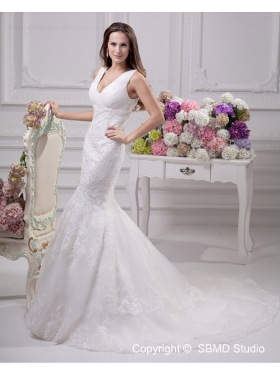 Zipper Applique / Beading / Lace Sleeveless A-line Empire Ivory V Neck Satin Chapel Wedding Dress