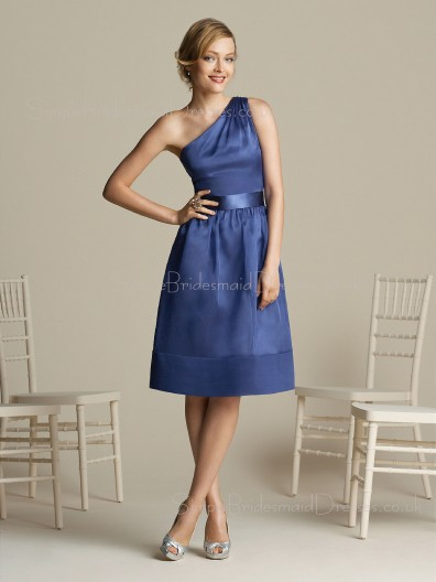 Lavender One-Shoulder Satin Sleeveless Knee-length Bridesmaid Dress