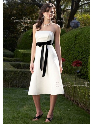 White Strapless A-line Zipper Sleeveless Bridesmaid Dress