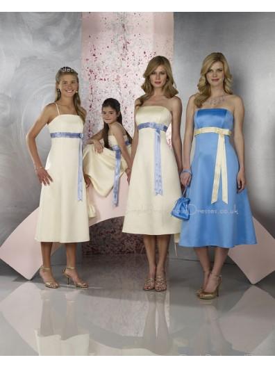 Sleeveless Zipper Strapless Satin Ivory Bridesmaid Dress