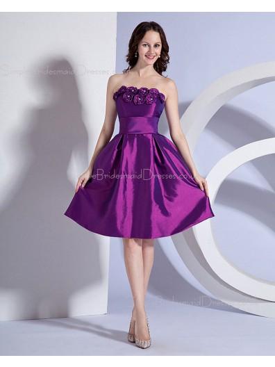 Knee-length Grape Strapless Natural Taffeta Zipper A-line Ruffles/Flowers/Beading Sleeveless Bridesmaid Dress