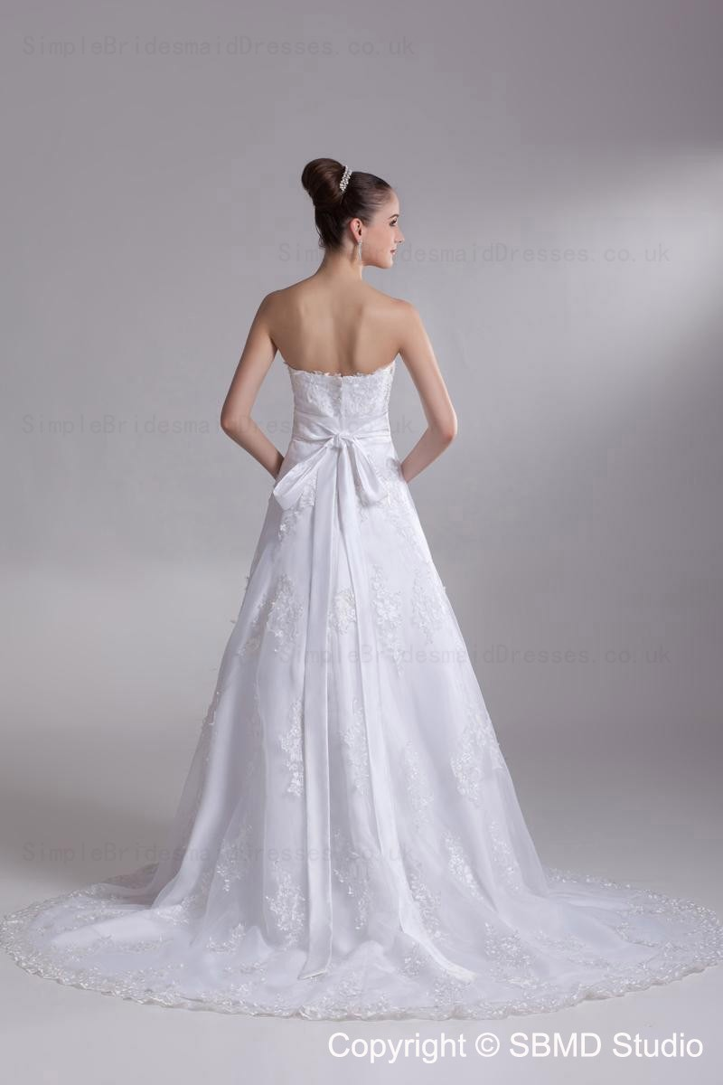 Court lace sweetheart empire zipper wedding dress for Empire wedding dresses uk