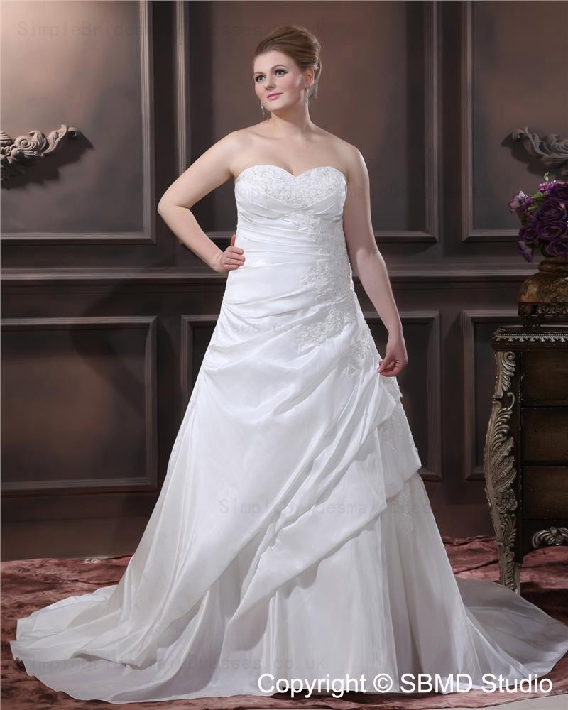 Sleeveless a line plus lace up size embroidery beading for A line plus size wedding dress