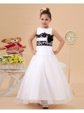 Beading/Hand Made Flower/Sash Zipper Floor length Ivory Satin/Tulle/Lace A line Sleeveless Scoop Flower Girl Dress