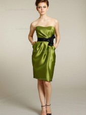 Green Knee-length Empire A-line Satin Bateau Bridesmaid Dress