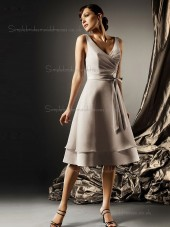 Fitted Short-length Champagne Bow Chiffon Bridesmaid Dresses