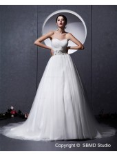 Sweetheart Sleeveless A-Line / Ball Gown Tull Chapel Zipper Ivory Empire Beading / Ruffles Wedding Dress