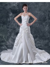Sweetheart Cathedral Beading / Applique Sleeveless Natural Lace Up A-Line Satin Ivory Wedding Dress