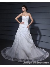 Natural Sleeveless Sweetheart Chapel Applique / Lace / Hand Made Flower Taffeta / Lace A-Line Zipper Ivory Wedding Dress