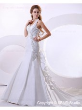 Beading / Applique Sleeveless Court Taffeta Empire Halter Lace Up A-line Ivory Wedding Dress