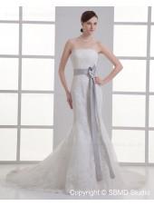 Dropped Mermaid Zipper Court Beteau Applique / Beading / Hand Made Flower Ivory Tulle Sleeveless Wedding Dress