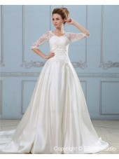 Zipper Natural A-line V Neck Half-Sleeve Applique / Ruffles / Beading / Lace Satin Court Ivory Wedding Dress