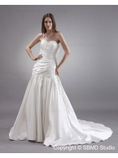 Dropped Lace Up A-line Sleeveless Applique / Beading Chapel Satin Ivory Strapless Wedding Dress
