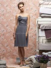 Chiffon Sleeveless Natural Draped/Flowers/Ruffle Knee-length Bridesmaid Dress