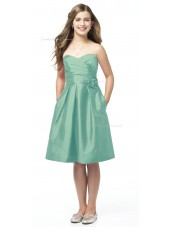 Sweetheart Knee-length Strapless Sage Satin Junior Bridesmaid Dresses