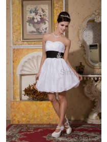 Zipper Short-length Taffeta/Satin Natural Sweetheart A-line Sleeveless Flowers/Ribbons White Bridesmaid Dress