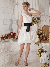 White A-line One Shoulder Chiffon Empire Knee-length Bridesmaid Dress