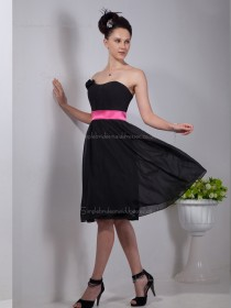 Black A-line Empire Knee-length Strapless Chiffon Bridesmaid Dress