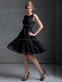 Elegant Short-length Black Lace Belt Bridesmaid Dresses
