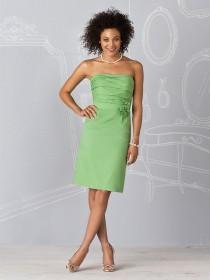 Chiffon Knee-length Zipper Sheath Flowers/Ruffles Bridesmaid Dress