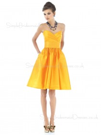 Knee-length Sleeveless Sweetheart Backless Draped/Ruffles Bridesmaid Dress