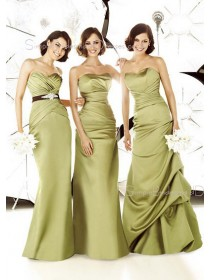 Sleeveless Zipper Sweetheart Floor-length Satin Bridesmaid Dress