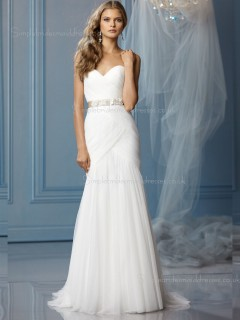 Chiffon Made Chapel Ivory Applique / Beading / Hand Sleeveless A-line Sweetheart Flower Wedding Dress