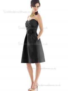 Vintage Celebrity Hand Made Flower Satin Short-length Black Bridesmaid Dresses