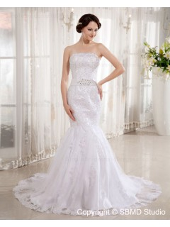 Court Zipper A-line Ivory Applique / Beading Satin / Lace Sleeveless Strapless / Bateau Natural Wedding Dress