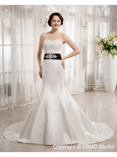 Zipper Floor-length Beading / Sash / Applique Empire A-line Ivory Satin Sweetheart Sleeveless Wedding Dress