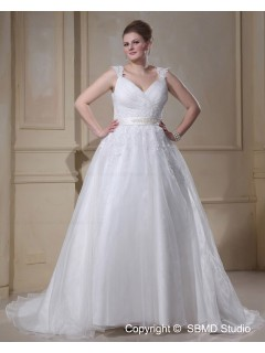 Ivory Court Empire Size V Neck Lace Up Sleeveless Organza Applique / Beading / sash A-line / Plus Wedding Dress
