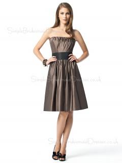 Knee-length Strapless Taffeta Draped/Ruffles/Sash Sleeveless Bridesmaid Dress