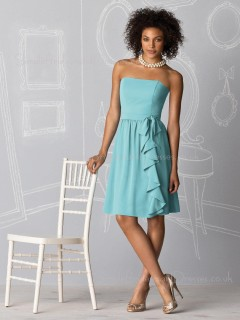 A-line Strapless Light-Sky-Blue Sleeveless Chiffon Bridesmaid Dress