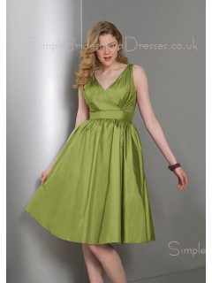 Sleeveless Zipper Draped/Ruffles A-line Knee-length Bridesmaid Dress